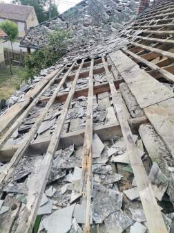 Viharkárt szenvedett lakóház