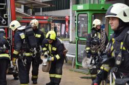A gyakorlatban résztvevő tűzoltók